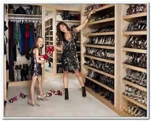 ideas for walk in closet