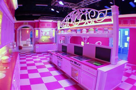 barbie dream house sawgrass barbie dreamhouse debut in sawgrass mills mall sunrise florida