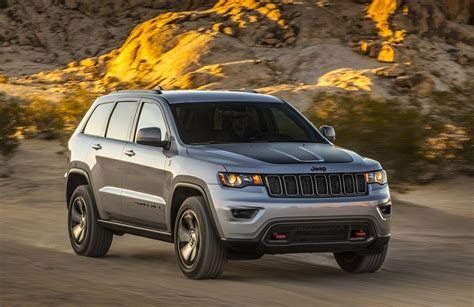 2017 jeep grand cherokee 2017 jeep grand cherokee overview cargurus