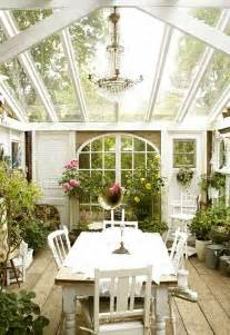 picture of cottage style sunroom