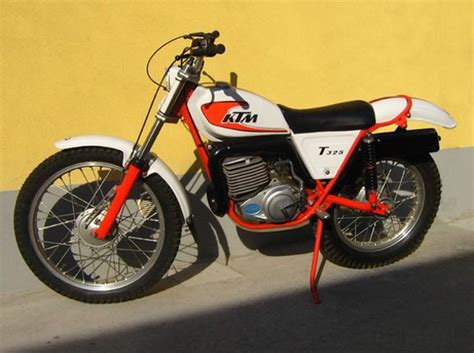 trials and motocross bikes for our kawasaki kt250 trials 1975 vintage motorcycles