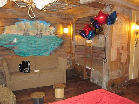 pirate hotel rooms pirate themed room alton towers a weekend at alton towers becky naylor
