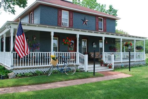 Legend Cottage Inn by Legend Cottage Condos Bellaire Michigan Reviews And