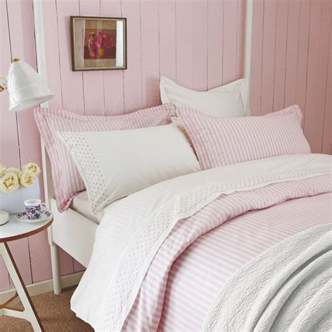 pink and white bedding vikingwaterford com page 151 white and brown pleat bed