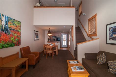 3 bedroom condos in queens rooms at the hidden ridge resort condo resort with kitchens