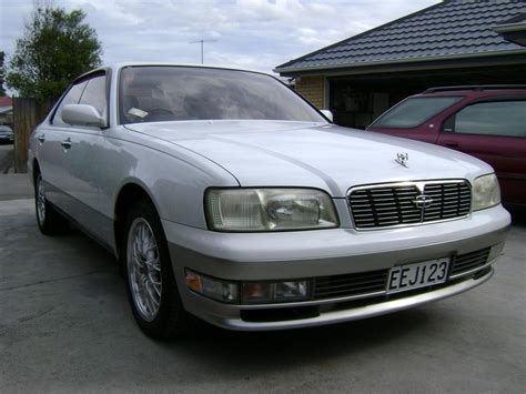 nissan gloria 1997 nissan gloria y33 pictures information and specs