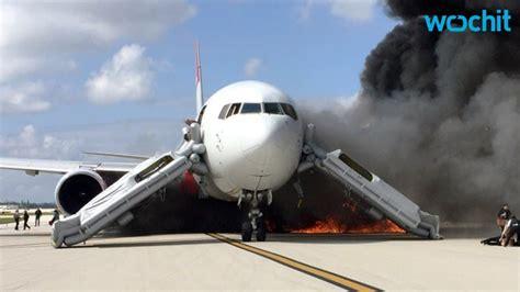 fedex plane catches in florida airport