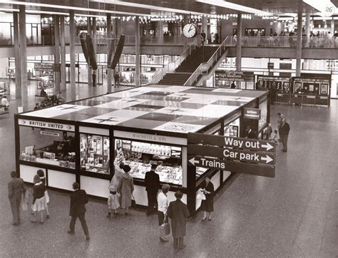 Gatwick Airport celebrates 80th anniversary of first