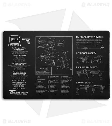 gunsmith bench mat glock black gunsmith s bench mat 17 quot x 11 quot ad00062 blade hq