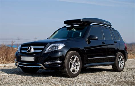 ultimate packline car roof boxes   mercedes