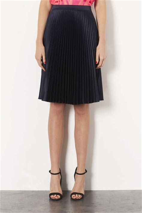 topshop navy sunray pleat skirt in blue navy blue lyst