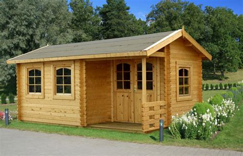 Livable Log Cabins Uk by Log Cabins Midlands Nottingham Derby Leicester Birmingham