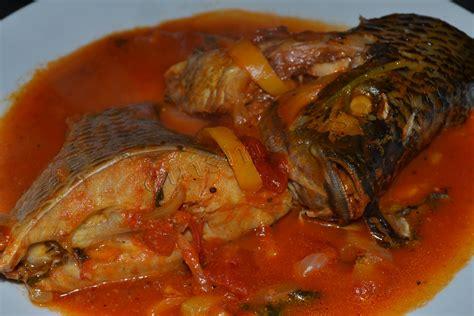 cuisine africaine camerounaise sauce de poisson frais lanmoumou cuisine 228