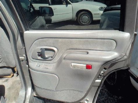 1999 chevrolet tahoe parts 1999 chevy tahoe interior door panels page 2