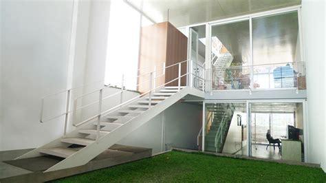 casa en arelauquen estudio ramos plataforma arquitectura casa 5 x 30 estudio borrachia arquitectos plataforma