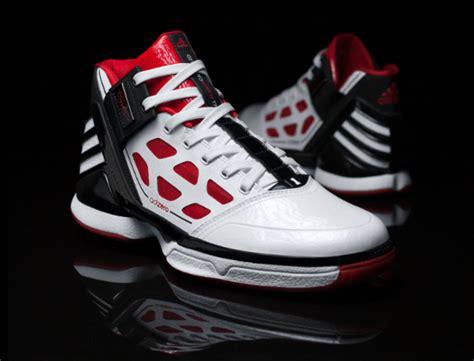 adidas derrick rose adidas basketball adizero rose 2 derrick rose signature