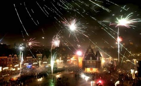best places to go for new years 9 of the best places to go for new year s hostelbookers