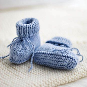 stay on booties knitting pattern stay on baby booties pattern baby booties