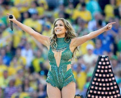shakira clausura del mundial 2014 brasil lalala youtube jlo se burla imitando a shakira despu 233 s de su actuaci 243 n