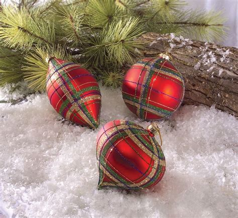 a plaid christmas tree how much fun c ornaments