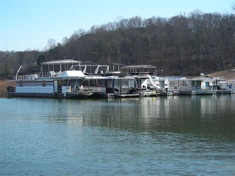 monthly houseboat rental boat rentals