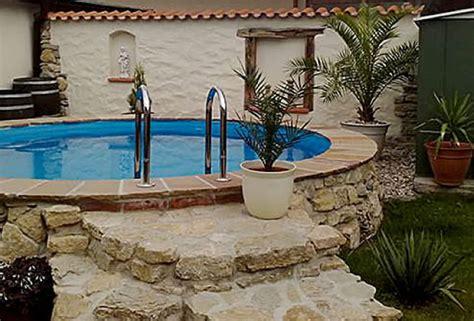 gartengestaltung mediterran bachlauf wasserspiele und quellstein gartengestaltung