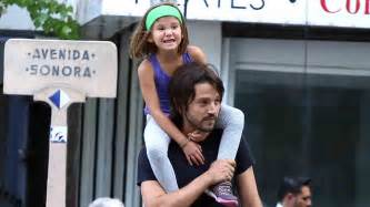 diego luna daughter snapped diego luna enjoys some quality time with daughter