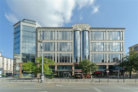 East West Center Mba east west business center budapest r 225 k 243 czi 250 t 1 3 08