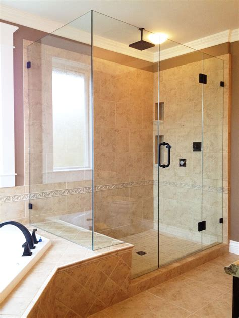 Picture Gallery Of Our Custom Glass Showers Bathrooms In Shower And Bathroom