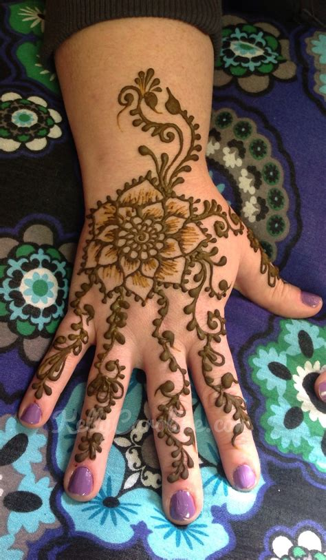 henna tattoo design on hand henna designs caroline