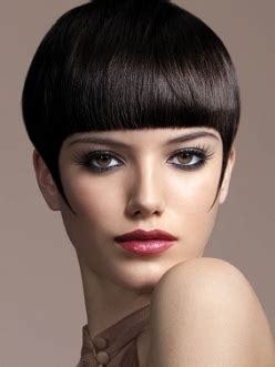 how to give a blunt zero degree haircut youtube haircut trends blunt haircuts for long medium and short
