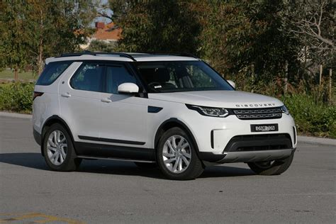 land rover suv 2018 2018 land rover discovery hse sd4 review suv authority