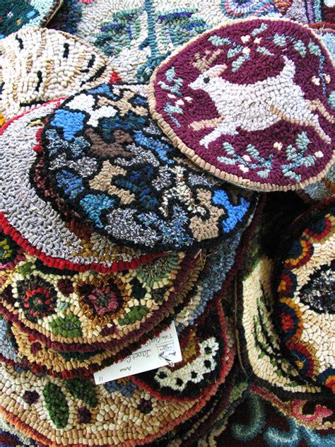 rug hooking supplies maine maine fiberarts folk rug hooking