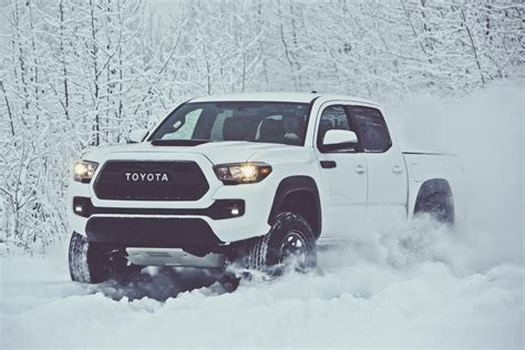 Toyota Tacoma Trd Accessories Get New Toyota Tacoma Wheels With The 2017 Trd Pro