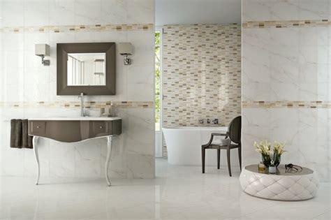 Supérieur Salle De Bain Mauve Et Blanc #3: carrelage-mural-salle-bains-effet-marbre-blanc-mosaique-beige.jpg