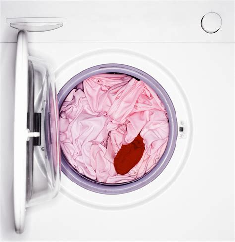how to wash white clothes with color how to get dye out of clothes