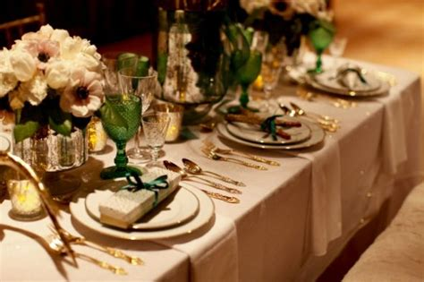 beautiful table settings green and brown your wedding in colors emerald and gold arabia weddings