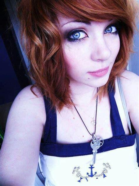 emo hairstyles brown hair emo girl brown hair blue eyes emo girl hair style