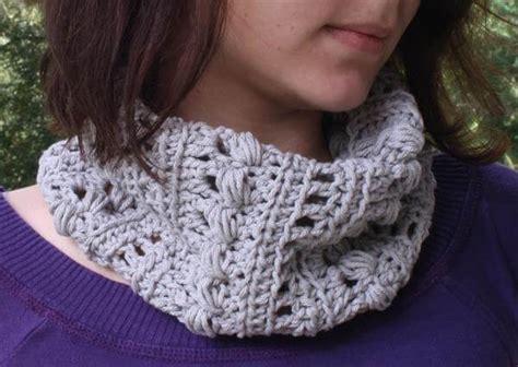 crochet infinity scarf triangle cowl 101 crochet
