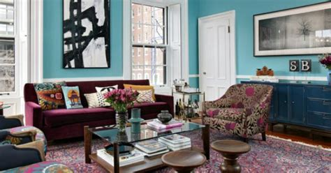 burgundy and turquoise living room pretty burgundy color found on the sofa and rug accompanied by bright turquoise wall paint