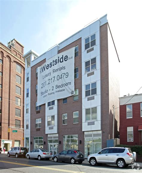 Apartment West Side Rent 366 West Side Ave Rentals Jersey City Nj Apartments