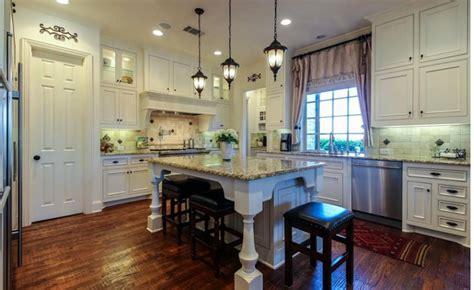 25 antique white kitchen cabinets ideas that blow your 25 antique white kitchen cabinets ideas that blow your