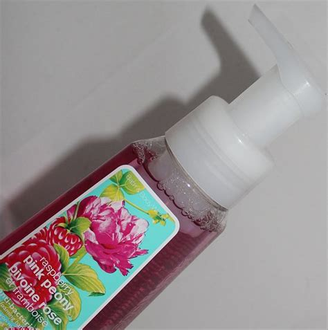 pink bacteria in bathroom bath body works raspberry pink peony anti bacterial gentle foaming hand soap review