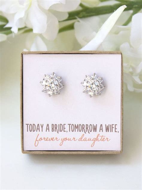 Bridesmaid Gift To Bride On Wedding Day