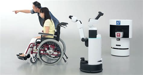 toyota  panasonic reveal games robots  aid visitors