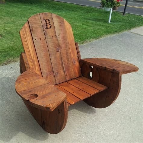 Wooden Spool Chair by Travis Carney S Profile