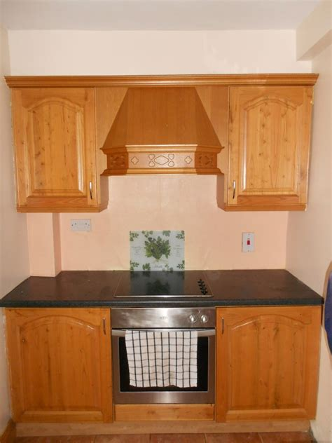 can you paint kitchen cabinets kitchen spraying is the kitchen spraying spray painting kitchen cabinets dublin