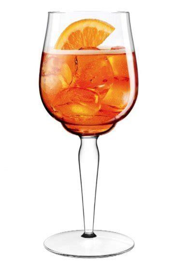 bicchieri spritz lo spritz dalla bottiglia al bicchiere cucina d it