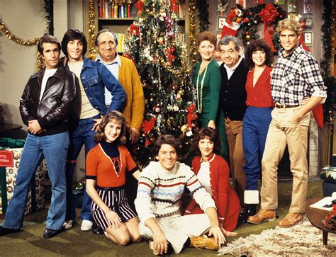 Happy Day happy days cast reunites to honor late costar erin