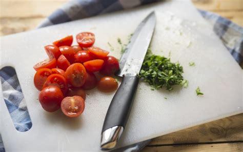 come cucinare l orata in padella orata in padella con pomodori ciliegino agrodolce